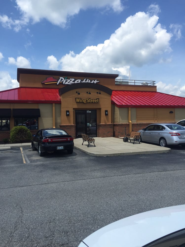 Pizza Hut: 360 Cw Stevens Blvd, Grayson, KY