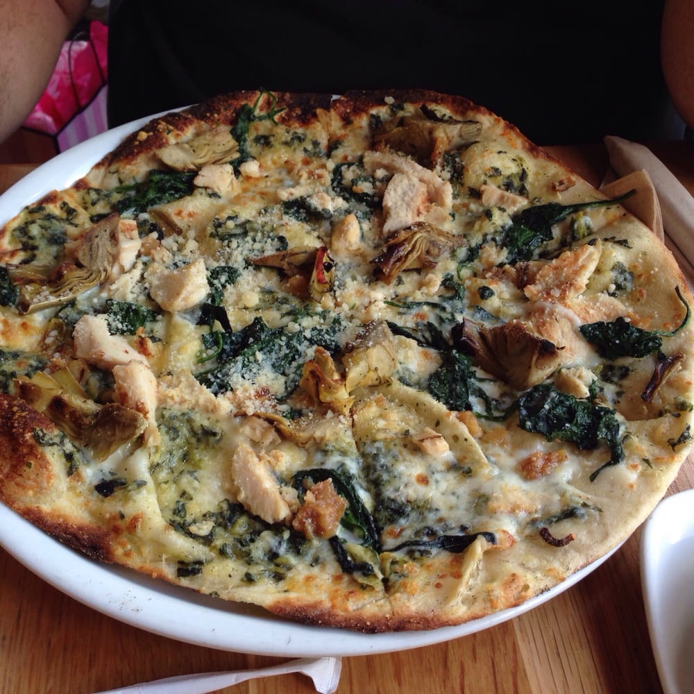 Roasted Artichoke, Spinach, And Chicken Pizza