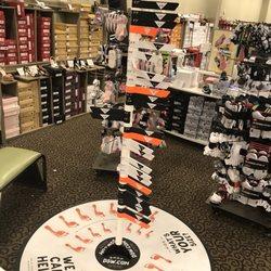 9f5f14b34f82 DSW Designer Shoe Warehouse - 44 Photos   28 Reviews - Shoe Stores - 6644  Loisdale Rd