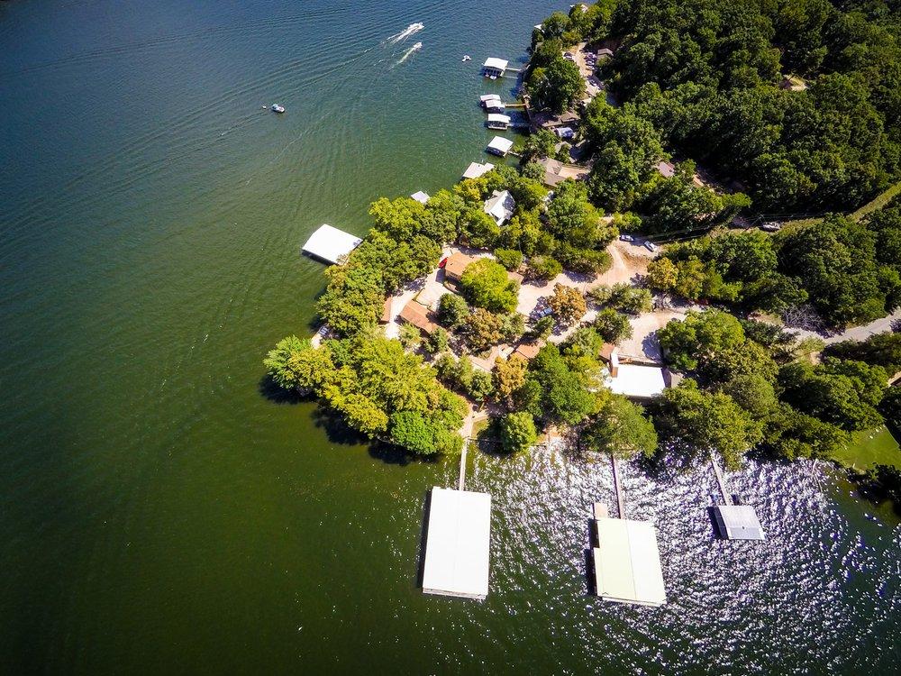 Point View Resort: 1630 Vacation Ln, Camdenton, MO