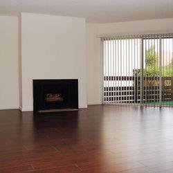 Photo Of Kelton Towers Apartments Los Angeles Ca United States Living Room