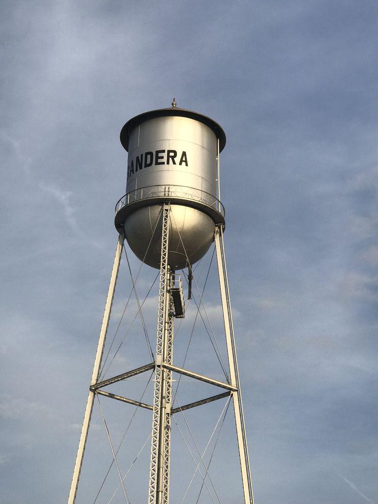 11th Street Cowboy Bar: 307 11th St, Bandera, TX