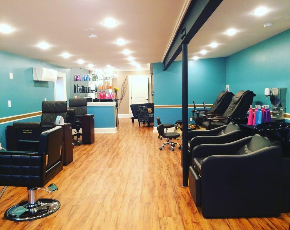 Primp817 Salon & Spa: 817 Cattell St, Easton, PA
