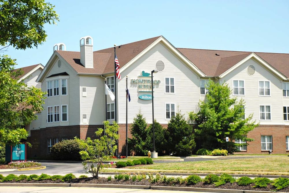 Homewood Suites by Hilton St. Louis-Chesterfield: 840 Chesterfield Pkwy W, Chesterfield, MO