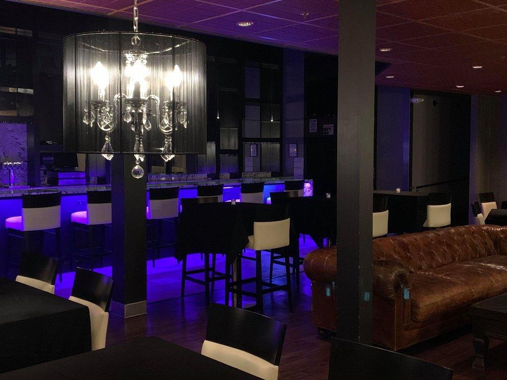 Mob Bar: 419 Main St, Cedar Falls, IA