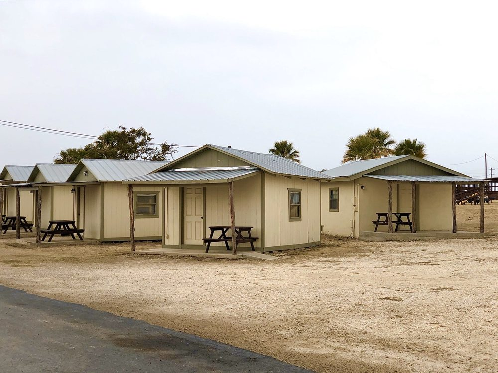 American Campground & Mobile: 10348 W US Highway 90, Del Rio, TX
