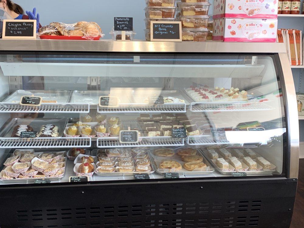 Gio's Pastry, Caffe, & Italian Market: 218 S Main St, Fountain Inn, SC
