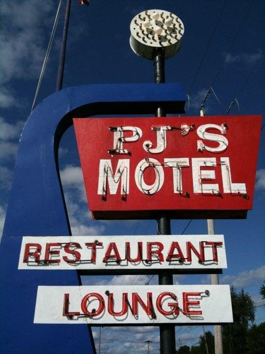 P J's River Rat Cafe: Rte 12 & Rte 180, Fishers Landing, NY