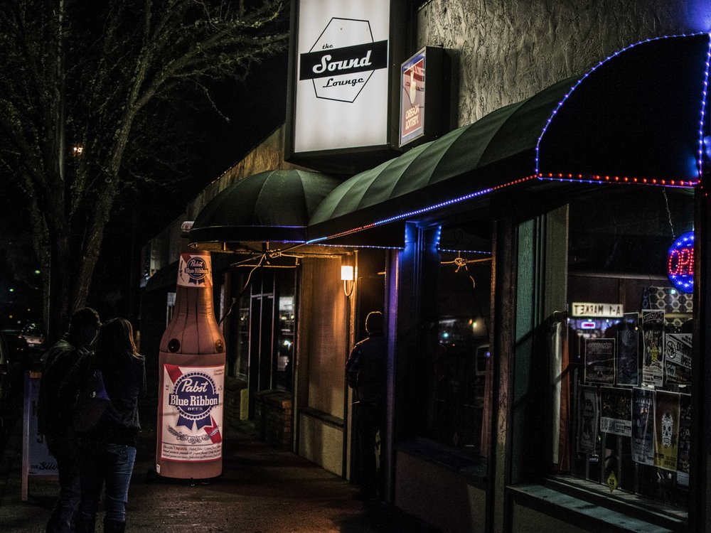 The Sound Lounge: 225 SE H St, Grants Pass, OR