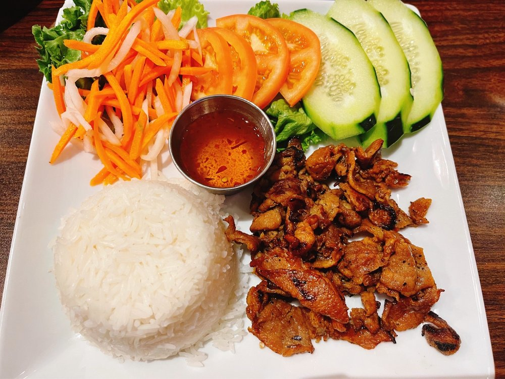 Simply Pho House: 101 US 281, Marble Falls, TX