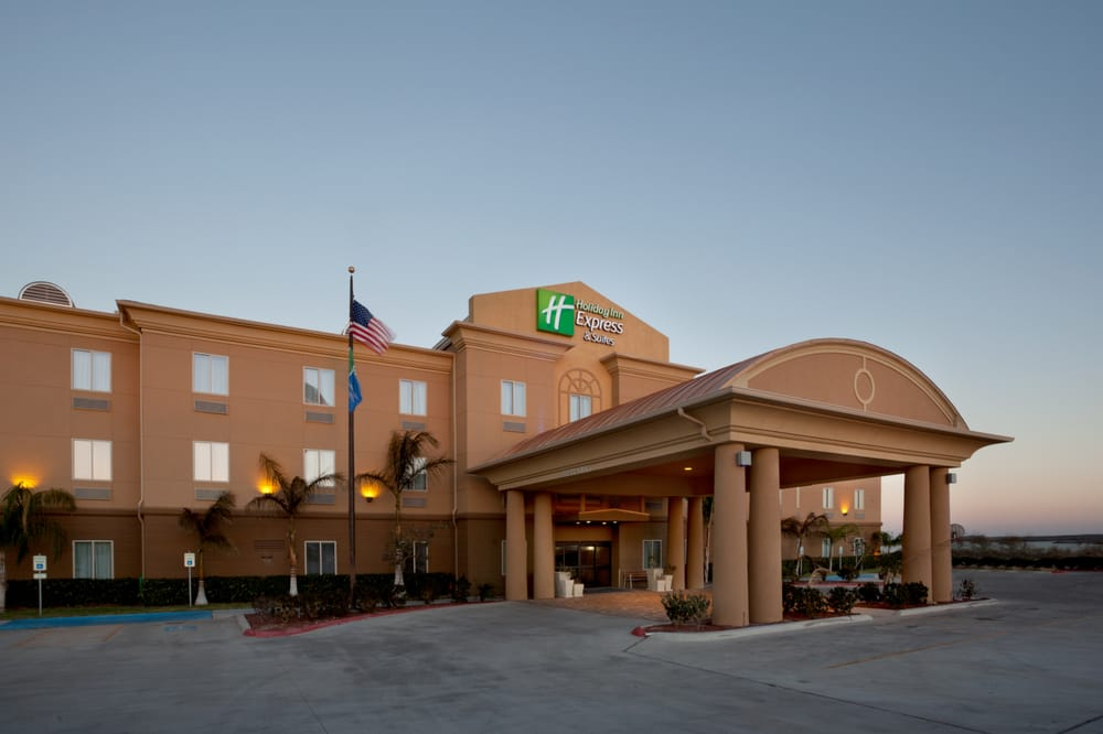 Holiday Inn Express & Suites Zapata: 167 S US Hwy 83, Zapata, TX
