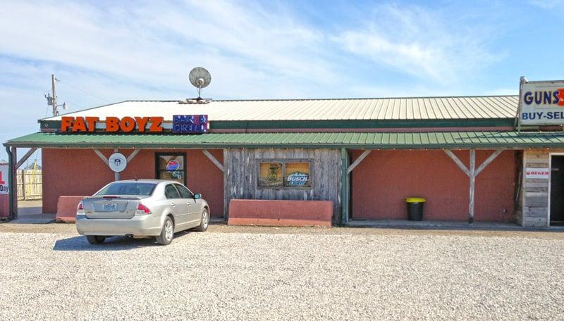 Fatboyz: 28503 Missouri 7, Garden City, MO
