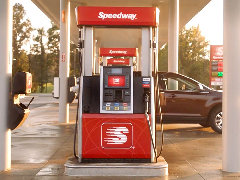 Speedway: 15801 W Commerce Rd, Daleville, IN