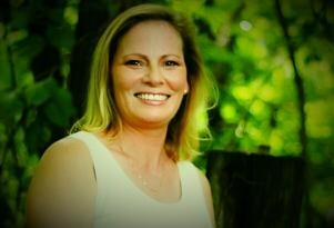 Pamela Campbell-Re/Max Premier Properties: 2313 S State Route 291, Independence, MO