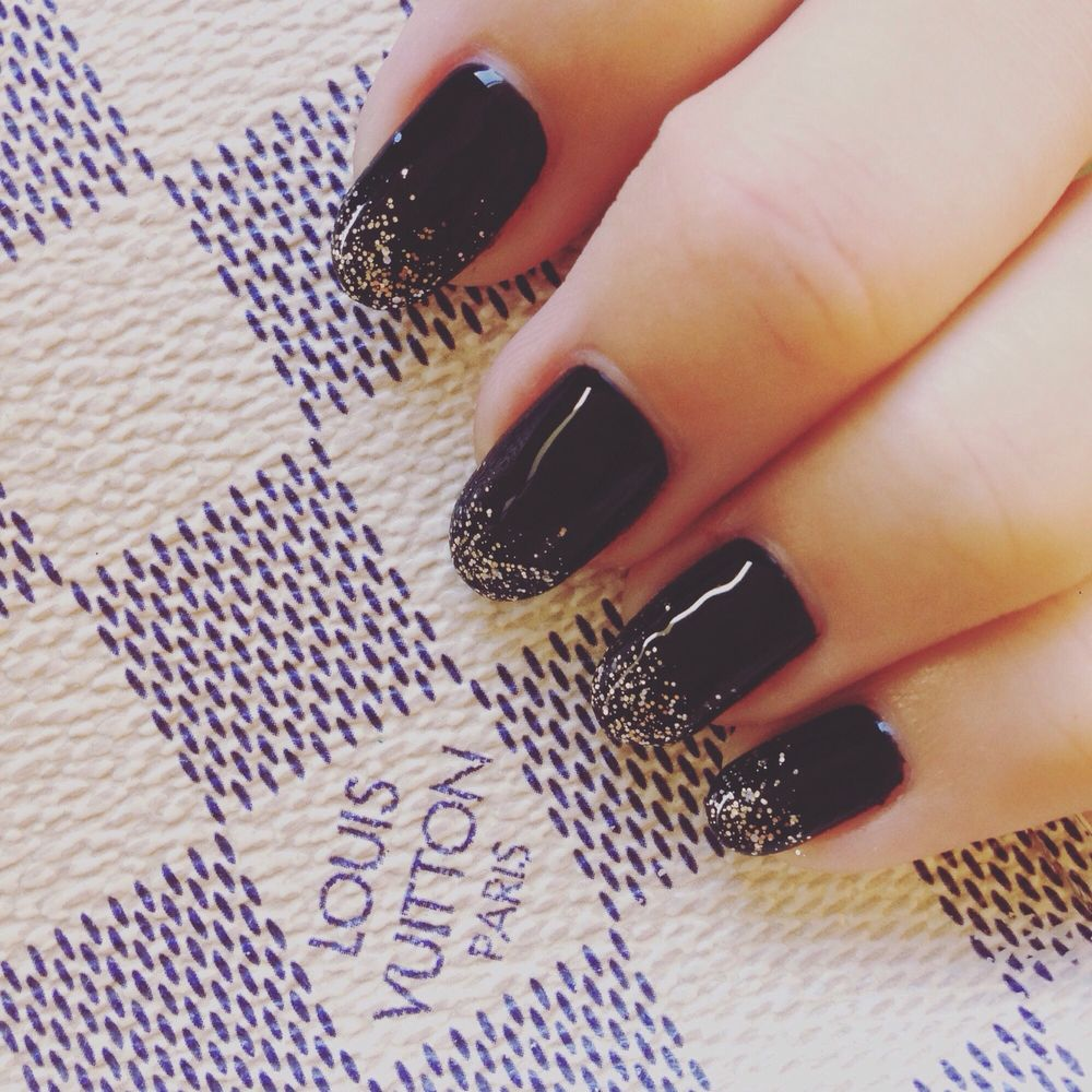 They\'re doing fast, but makes my nails beautiful. Not expensive. $30 ...
