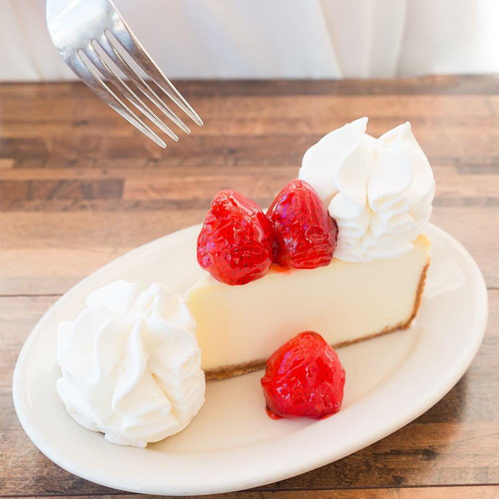 The Cheesecake Factory: 21076 Dulles Town Cir, Dulles, VA