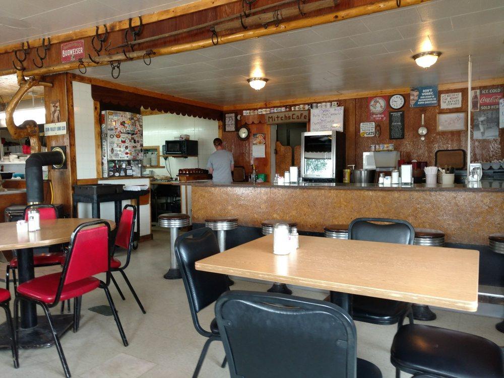 Mitch's Cafe: 4066 Hwy 191, Farson, WY