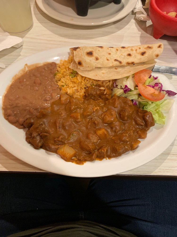 Juanito's Restaurant: 331 N Texas Ave, Mercedes, TX