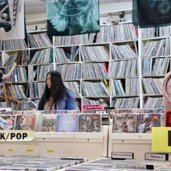 Ralph S Records Tapes Amp Cd S 11 Photos Amp 14 Reviews