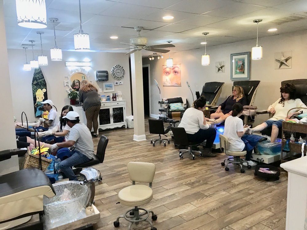 Blue Ocean Spa & Nails: 4848 Arendell St, Morehead City, NC