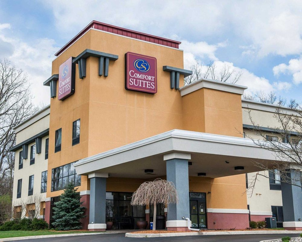 Comfort Suites South: 27838 County Rd 24, Elkhart, IN