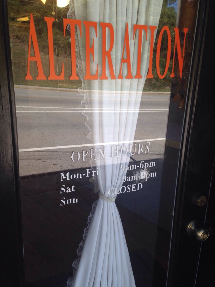 Alteration Queen: 440 Frazier Ave, Chattanooga, TN