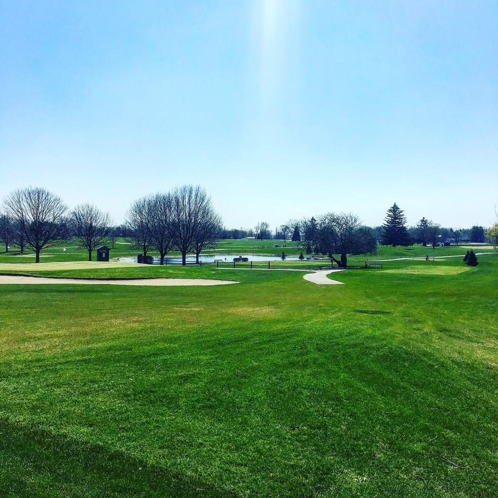 Bonnie Dundee Golf Club: 270 Kennedy Dr, Carpentersville, IL
