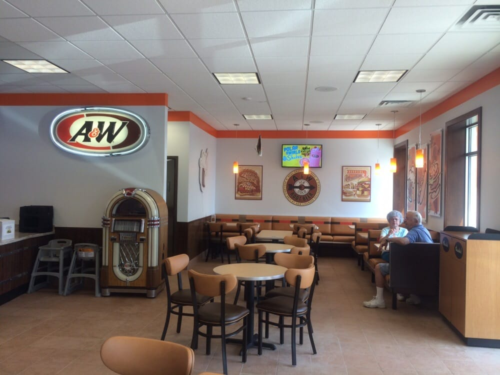 A&W Restaurant: 121 8th St S, Albany, MN