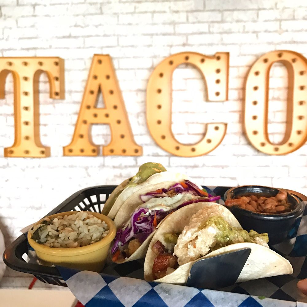 TACO REPUBLIC: 500 County Line Rd, Kansas City, KS