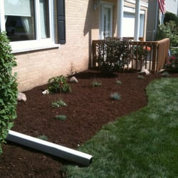 Delicieux Photo Of Mooreu0027s Lawn Maintenance   Lombard, IL, United States. A Small  Landscaping