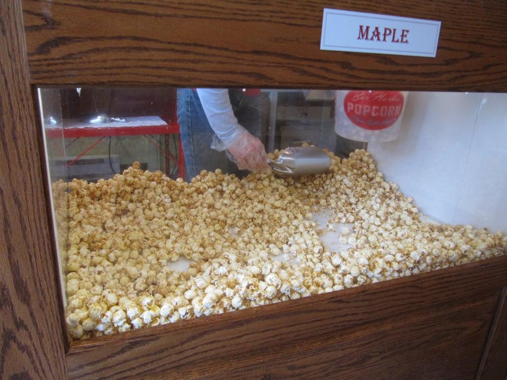 Bar harbor popcorn 20 photos 34 reviews grocery for Food bar harbor me