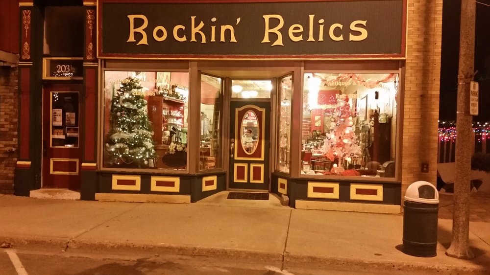 Rockin Relics: 205 S Main Ave, Rugby, ND
