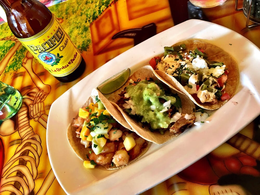 Photo of Tortilleria Nixtamal - Corona, NY, United States. Shrimp, chicken, cactus tacos