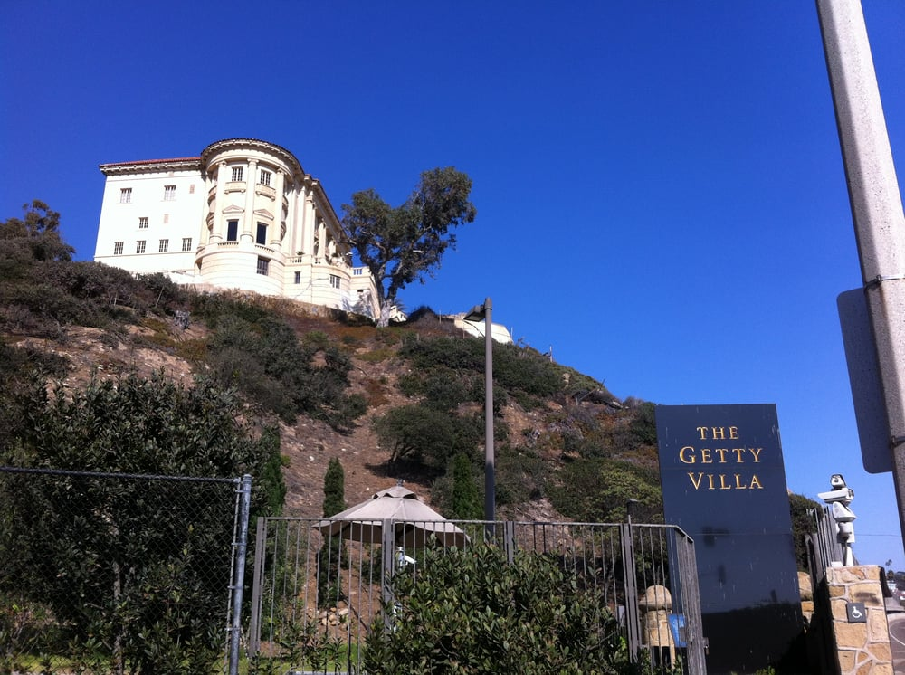 view of the getty villa off of PCH looking south