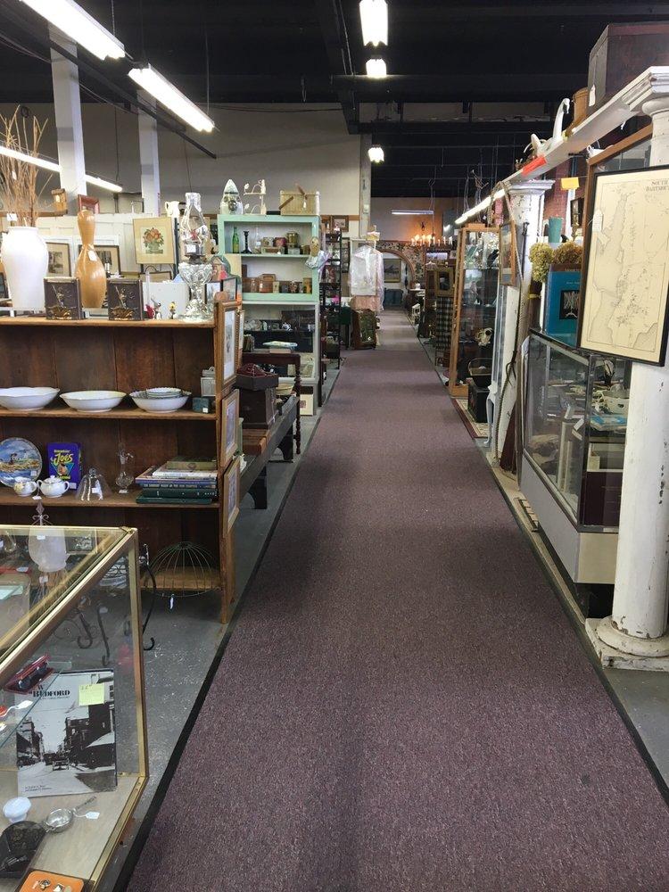 Acushnet River Antiques: 50 Kilburn St, New Bedford, MA