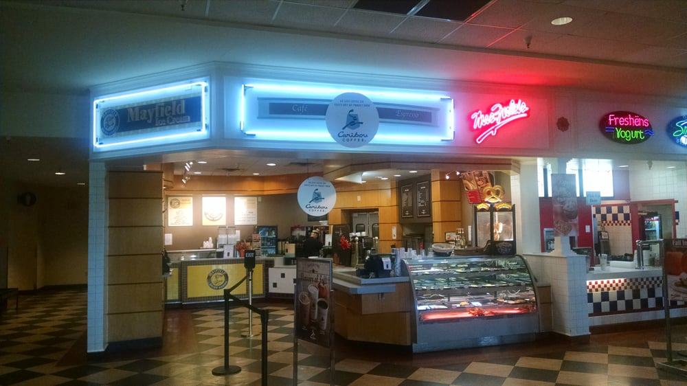 Dawsonville Outlet Mall Food Court