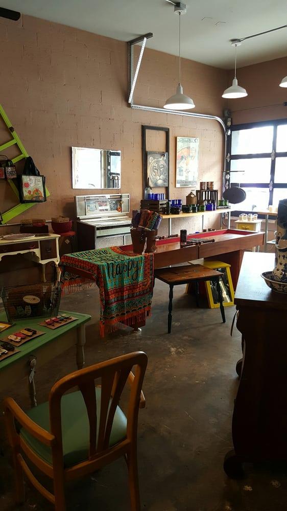 Green Garage: 209 Broadway, Chesterton, IN