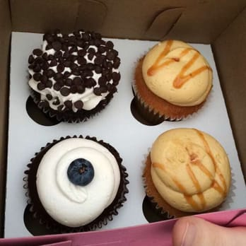 The Sweet Divine 94 Photos 85 Reviews Food Trucks 1801 S