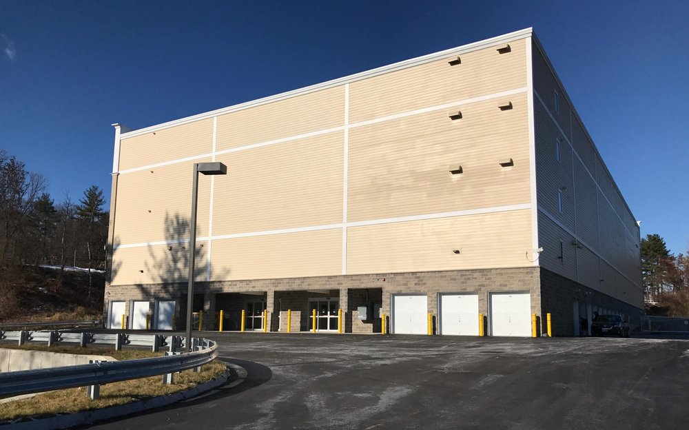 Synergy Self Storage: 403 Daniel Webster Hwy, Merrimack, NH