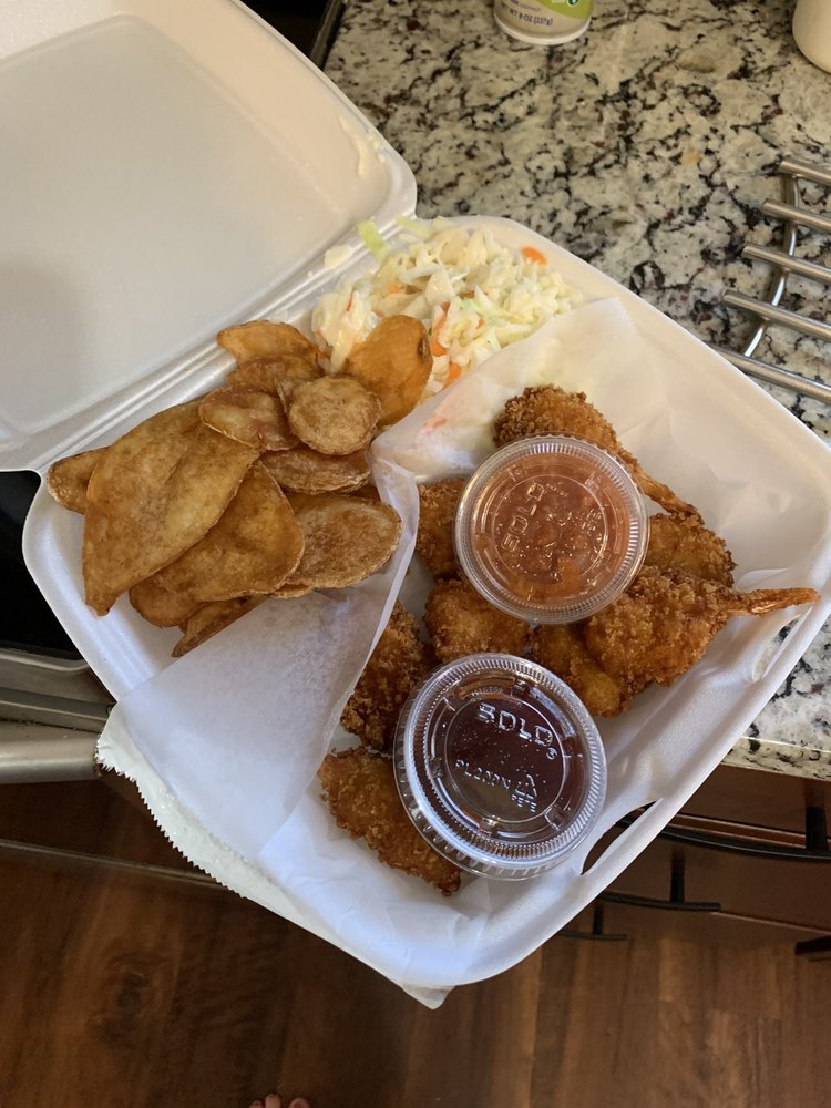 PeeWee's Place: 2325 Anderson Rd, Crescent Springs, KY