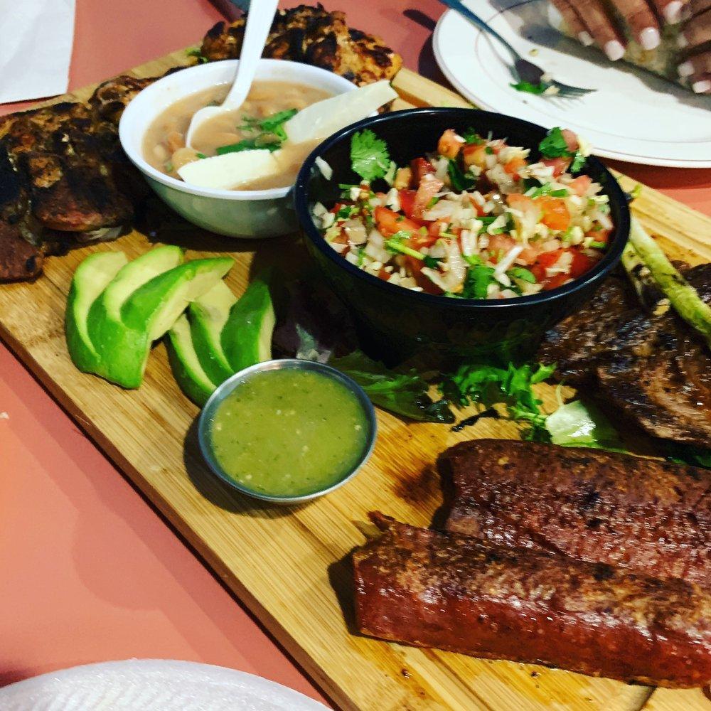 La Isla 772 Seafood Market & Restaurant