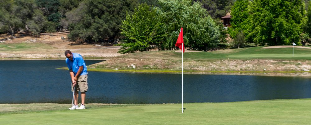 Yosemite Lakes Park Golf Course: 42515 Artesian Ct, Coarsegold, CA