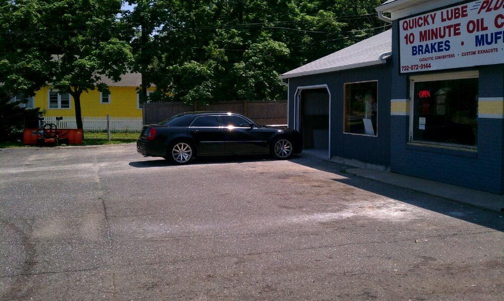 Quicky Lube Plus III: 119 Memorial Pkwy, Atlantic Highlands, NJ