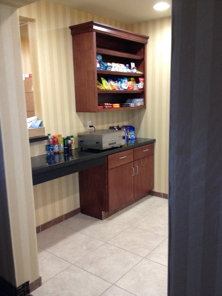 Cobblestone Inn & Suites - Killdeer: 158 Rodeo Dr, Killdeer, ND
