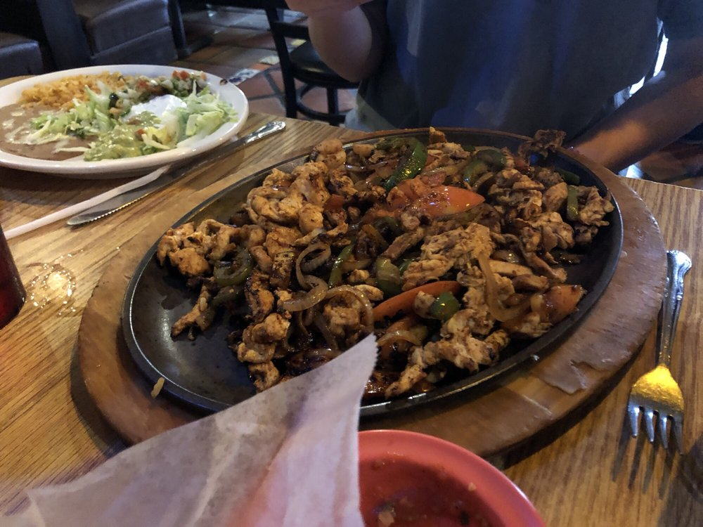 Salsa's Mexican Restaurant: 509 Springridge Rd, Clinton, MS