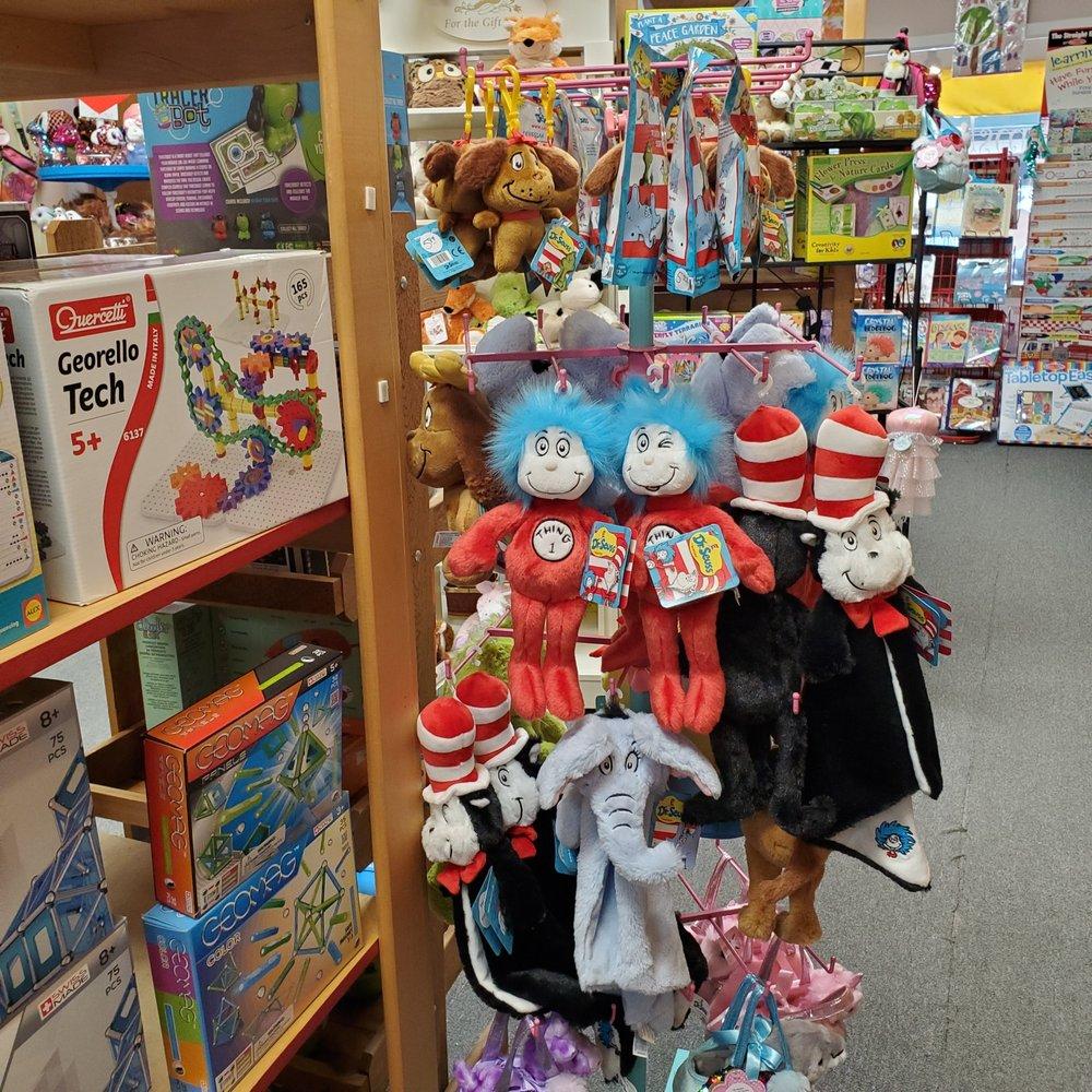 Bloomsbury Lane Toy Shoppe: 1 W Main St, Lancaster, NY
