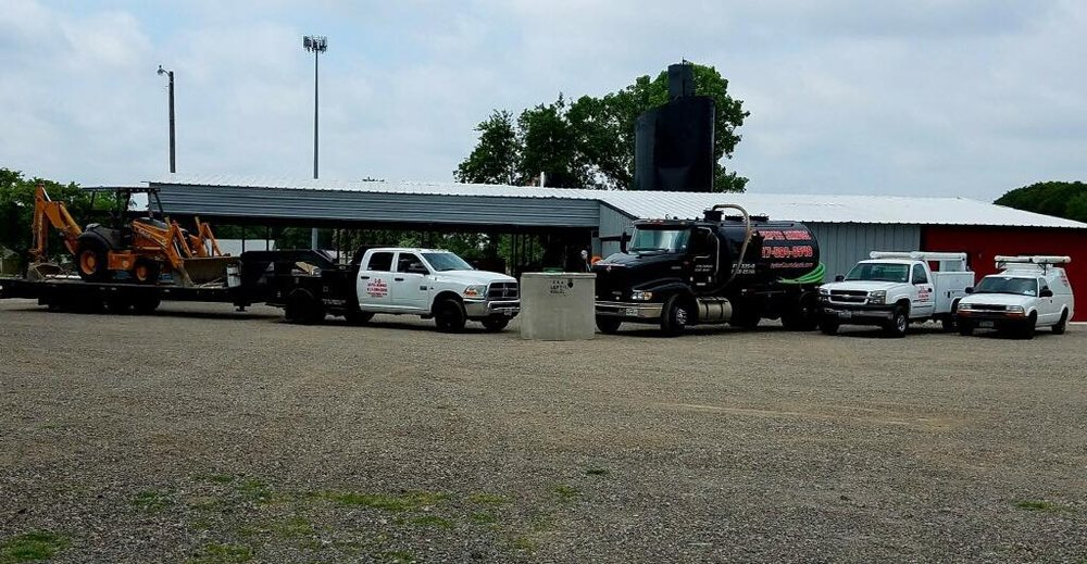 S&A Backhoe & Septic Service: 106 Mesa St, Weatherford, TX