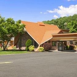 Photo Of Howard Johnson Express Inn North Plainfield Plainfiel Nj United