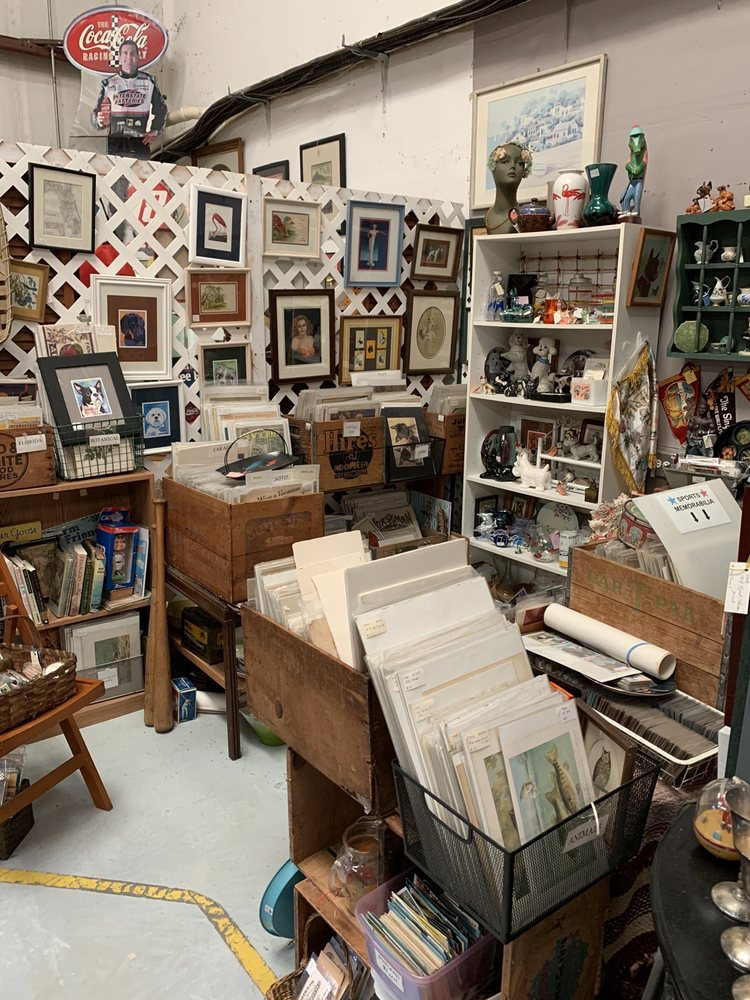 Traditions Antique Mall: 3107 E State Rd 44, Wildwood, FL