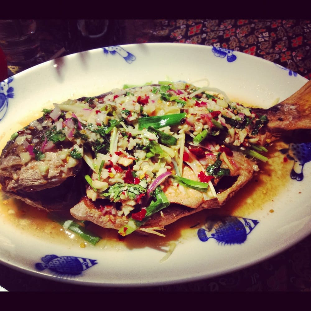 Steamed Pompano Fish With Thai Chili Garlic Sauce